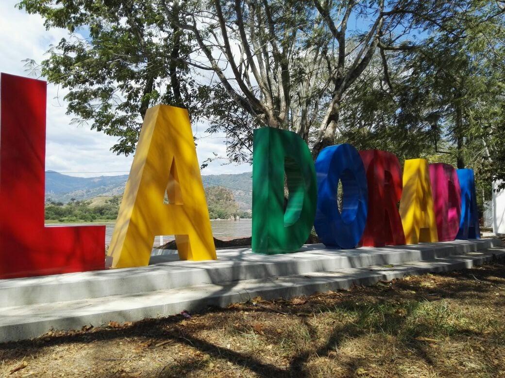 letras gigantes en lamina